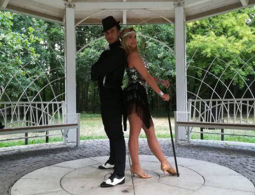 Pokaz taneczny Charleston lata 20′