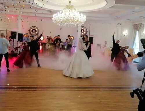 Wyjątkowy pierwszy taniec – show z tancerzami!